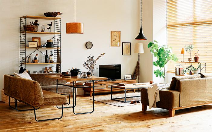 懐かしくて温かみのあるヴィンテージ家具を揃えたナチュラルなお部屋。家具に調和があり、思わずほっとするようなリラックス空間となっています。