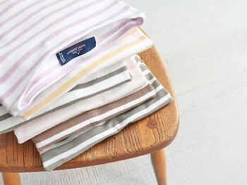 「SAINT JAMES(セントジェームス)」の定番!ボートネックTシャツに、ホワイト×ライトピンクの春カラーが登場しました♪