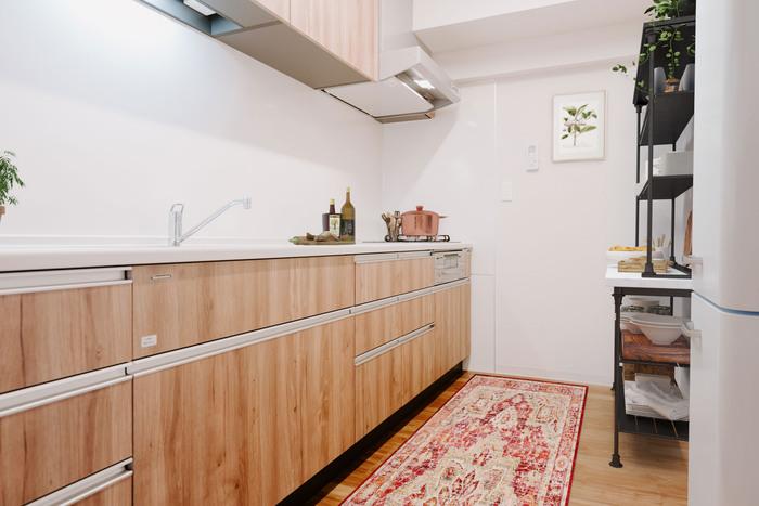 リノベ済み物件の場合、最新式のキッチンにアップグレードされていることも多いよう。 食洗機が付いていたり、コンロがビルトインだったり、見た目も使い勝手も◎