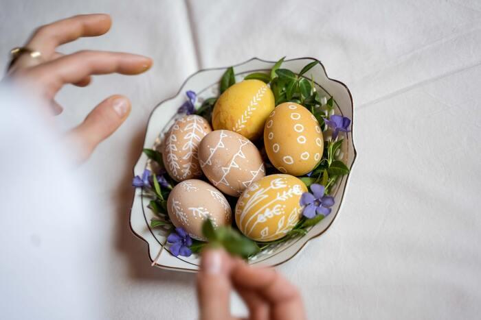 『イースター』って何をする日?春の訪れを楽しむためのレシピ&飾り付け