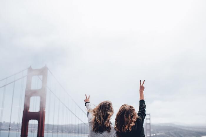新生活では人間関係も新たになり、気疲れしやすくなるので、気心がしれた昔からの友人たちに連絡をしてリラックス。周りも環境を新しくする場合はつい遠慮してしまいがちですが、電話やSNSでもいいのでコンタクトを取ると気分が晴れますよ。