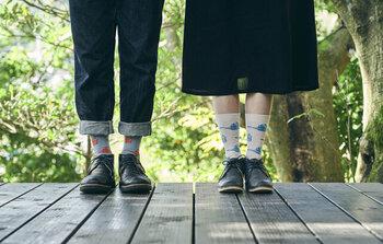 お迎えするならどれ?春の足元を彩るおすすめ靴下15選