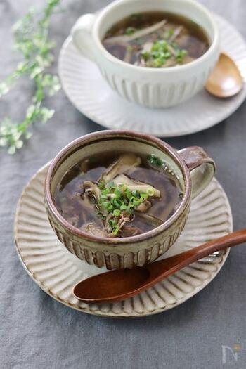 ダイエット、美容におすすめの食べるスープ。牛肉が入っているから、食べ応えも満点でお腹も満足。