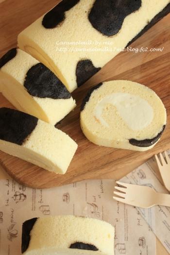 牛のような模様がキュートなロールケーキは、全粉乳入りのスポンジでミルククリームを包んでいます。ココアパウダーを使った模様がリアルさがあってユニークですね。生地もクリームもミルクの濃厚さを感じられる、ミルク好きな方におすすめのスイーツです。