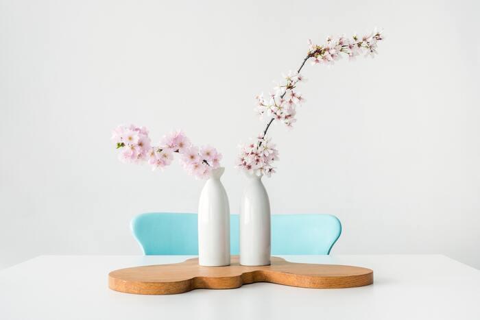 お花見のように「木」を見る印象が強い桜の花ですが、お花屋さんで切り花として購入できます。
