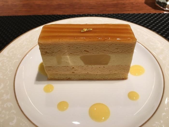 店名を冠した「ジャック」は、キャラメルムースと洋梨のムースのハーモニーが最高!修業していたフランスのお店のオーナーが感動したというケーキです。はちみつで煮た洋梨の食感がGood。上品な見た目にもこだわっています。