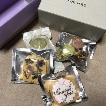 フクロウのフロランタンやその他の焼き菓子を詰め合わせたギフト用も。美味しさはもちろん、見た目もおしゃれなので、ちょっとしたお礼やプレゼントにもよさそうです♪