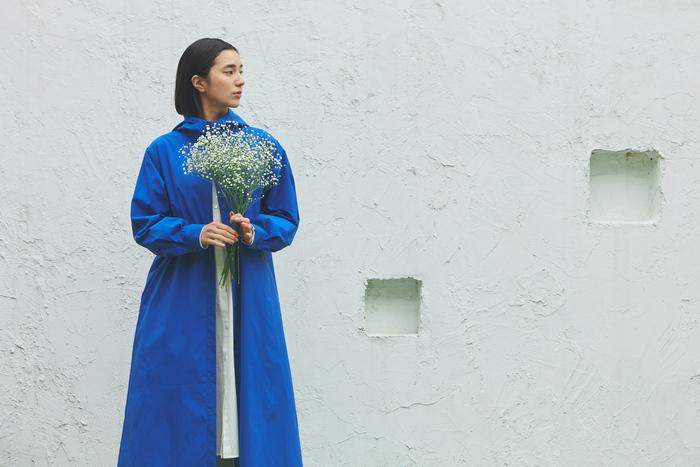 《定番ホワイト&着映えブルー》春のカラーコーデ集