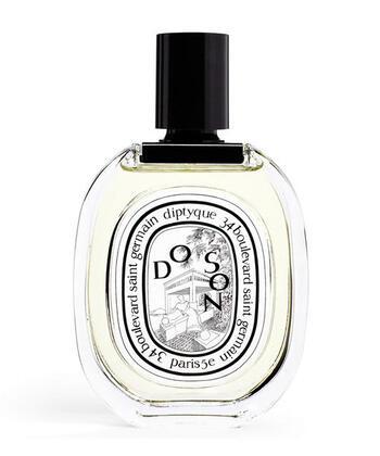 1961年にパリで誕生したDIPTYQUE(ディプティック)は、日本でも人気の高いフレグランスブランドです。上品で洗練された香りはもちろん、クラシカルでおしゃれなパッケージデザインも魅力的です。女性らしい香りが楽しめるオードトワレのコレクションから、お気に入りのフレグランスを見つけてみてはいかがでしょうか。