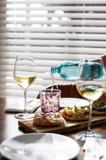 白ワインに合う料理とは?効果的な使い方&開封後のおすすめ消費レシピ