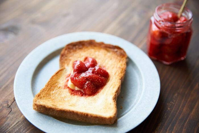 食べ応えありの1枚に!朝食・ランチにおすすめの「トースト」レシピ