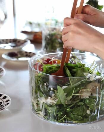 サラダはもちろん、ご家族分の冷製パスタなどもこの中で和えてそのまま食卓に。もちろん飾ってあるだけでも素敵です♡