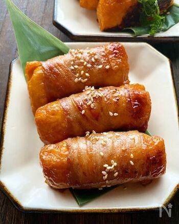 普通のいなり寿司にお肉を巻いて焼くだけ。ボリュームがアップし、大人も子どもも大好きな味に。