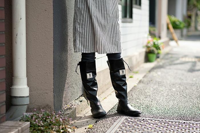 男女ともに同デザイン、サイズはssから4Lまで7サイズ展開でより足にフィットしたサイズが選べます。