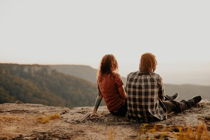 「寂しい時」どうしたらいい…?ひとりじゃないのに感じる寂しさへの対処法