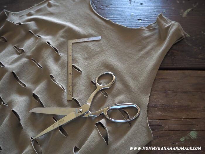不要なTシャツとハサミだけ!縫わないエコバッグの作り方