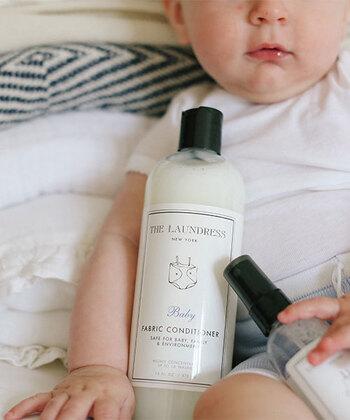 ベビー衣類のお洗濯に特化した植物性の柔軟仕上げ剤。香りが強すぎず、敏感肌の大人の方の下着の洗濯にも使えます。
