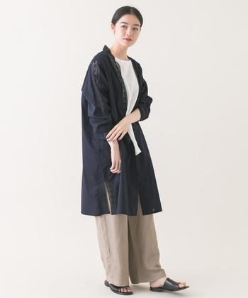 「かぐれ」のブランドコンセプトは「トラッドとモードと、地球」。洗練されたシルエットと着心地の良さを追求しながら、ファッションと地球の新たな共生の形を提案するブランドです。