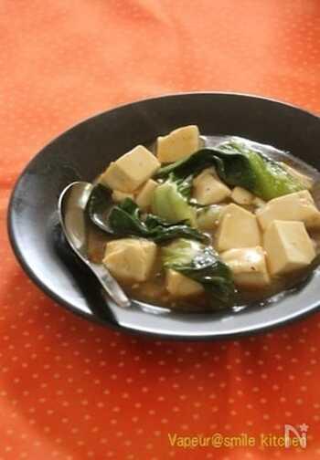 具材が2種類だけとシンプルで、手軽に作れる中華煮込みです。ガツンとした辛味がないので、食べやすい味わい。ご飯との相性も抜群です!