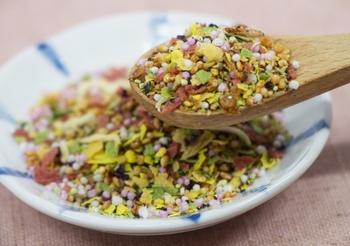 ご飯がすすむおいしい「ふりかけ」市販のおすすめ&自家製レシピ