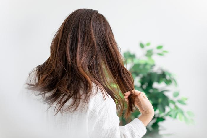 大切なのは髪だけじゃない!大人の美ヘアを作る正しい頭皮ケア