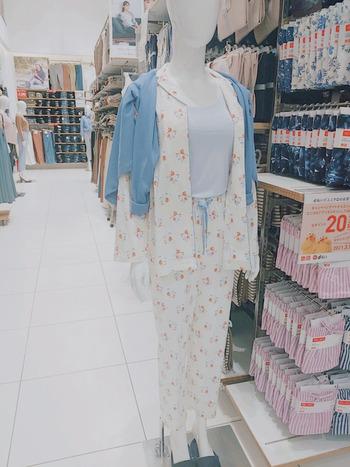 プチプラといえばユニクロ!ルームウェアやインナーはユニクロで購入しているという方も多いと思います。 気軽に買えるお値段はもちろん、誰でも着やすい定番の形やシンプルなデザインも人気のポイントです。