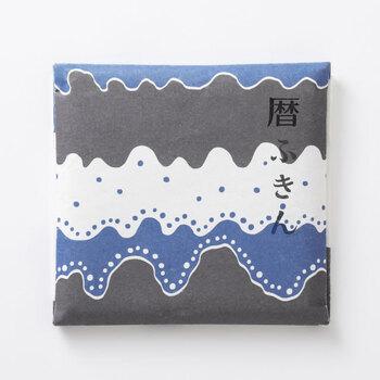 実用的でありながら、四季も感じられるプレゼントとしておすすめなのが「中川政七商店」の「花ふきん 暦」770円(税込)。