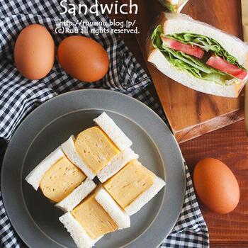 近ごろ人気の厚焼き玉子のサンドイッチ。ふわふわ、とろっとした食感が絶品です。関西ではこちらの方がポピュラーなのだとか。空気を含ませるようにたまごをしっかり混ぜるのがポイントです。