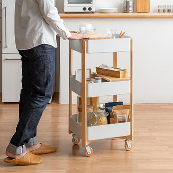 収納もインテリアもおしゃれにすっきり。「キッチンワゴン」の魅力&活用例