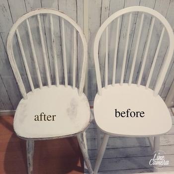 次にラッカー塗装仕上げのつるんとした風合いの椅子を、シャビーなテイストにリメイクする方法をご紹介します。 塗装するだけでも、一気に古びた感じが出て素敵に仕上がります。