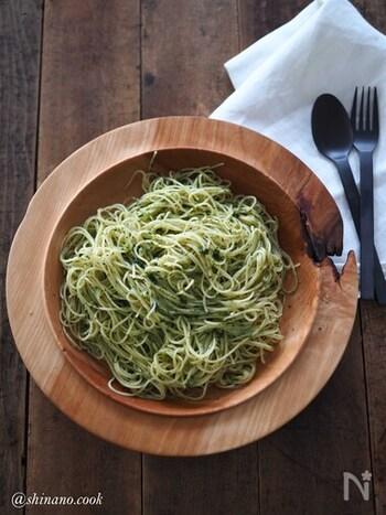 こちらは生姜のすりおろしも加えたジェノベーゼパスタです。簡単なのにとても本格的な味わいを楽しむことができますよ。