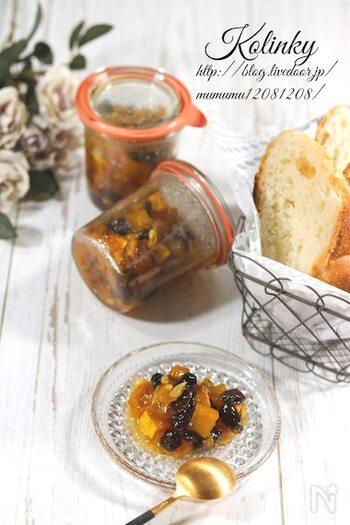 ラム酒が香る、バゲットにぴったりなコンフィチュール。コリンキーの種も使えますがお好みで取り除いてもOKです。副菜としてもgood。