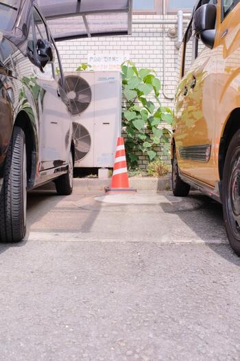 タイヤの空気圧チェックも忘れずに。高速道路でのカートラブルによる救援要請は、タイヤのパンクが一番多いのだそうです。スペアタイヤや交換キットもしっかりと準備しておきたいですね。
