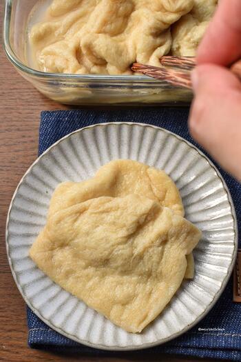 「おいなりさんのおあげの味が上手に決まらない!」というかたはこちらのレシピをお試しを。白だしとみりんで煮るので、分量を合わせれば必ず同じ味に仕上がります。