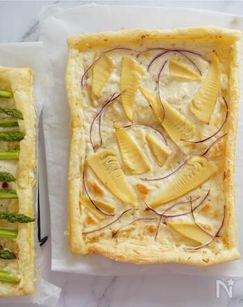 筍が入手できたら絶対作りたい、筍のチーズパイ。 サクサクのパイ生地にドライハーブたっぷりのクリームチーズがたまりません。 見た目もおしゃれで、ワインのおともにぴったりですね。