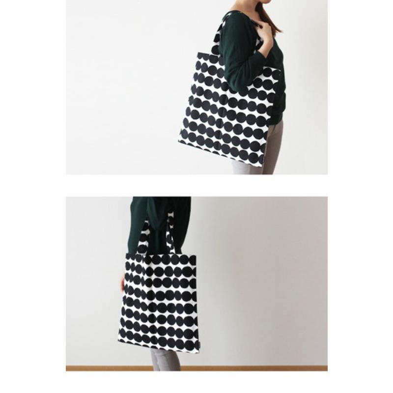 marimekko マリメッコ Rasymatto ラシィマット ファブリックバッグ エコバッグ ホワイト×ブラック (99)