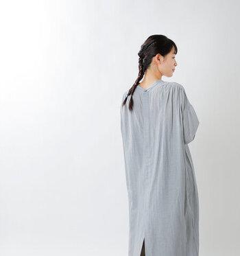春夏シーズンに着たい。軽やかで涼しい「コットンリネン」のお洋服
