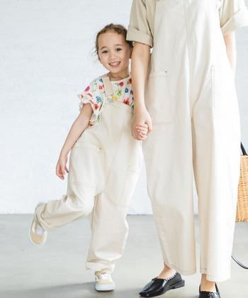 おしゃれな服でリンクコーデ♪ママ&子供の〈親子おそろいファッション〉カタログ