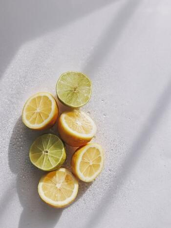 フレッシュな柑橘系の中にやや甘みを足したようなベルガモットは、イタリア南部の暖かさを思わせる香りが特徴です。安眠を促す効果があるとされているので、寝室やベッドで使ってみるのがおすすめ。