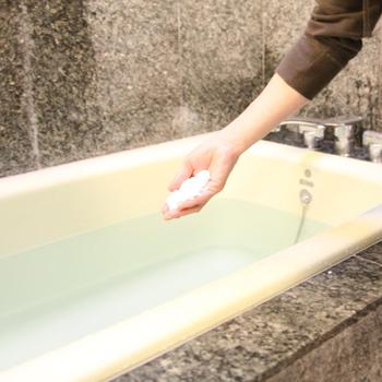 毎日のお風呂が楽しみに!入浴効果を高める【おすすめバスソルト15選】