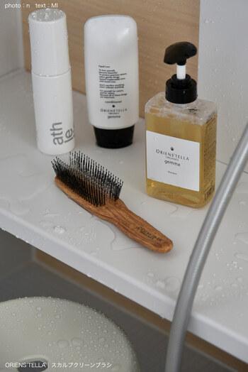 髪もお肌もこれひとつ♪軽いつけ心地でしっとり潤う「オイル&バーム」