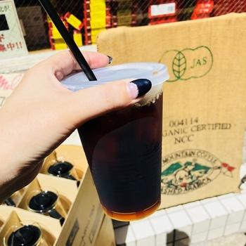 水出しのアイスコーヒーはキレのある味わいが特徴。暑い日にブラックで飲めば、すっきりとリフレッシュできそうです。