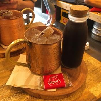 人気の「水出しコーヒー」は、通常のドリップコーヒーに比べてまろやかな味わいが特徴。苦みが控えめなので、飲みやすいんですよ。