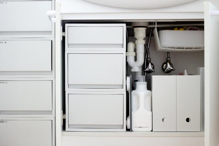 空間を活かしてスッキリ!「洗面台下」収納のアイデア&便利グッズ