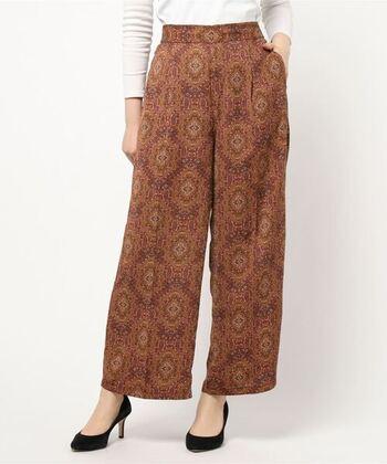 オリエンタルな趣が大きな魅力。アラビア模様と呼ばれることもあります。