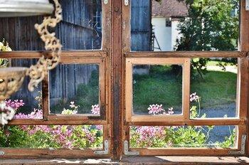 植物の力を借りて。外でも部屋でも使える虫よけアロマ