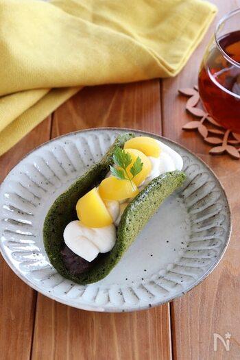 ほろ苦い抹茶の和風オムレット。甘露煮の栗なら季節を問わず楽しめます。深いグリーンと白いクリームのコントラストが美しく、粒あんもサンドして間違いのない組み合わせです。