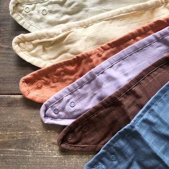 通気性のよいガーゼは速乾性もあり、お洗濯も楽ちん。春色、夏色・冬色の合計6枚セットの出産祝いもおすすめ。見ているだけでほっこりする優しい色合いです。