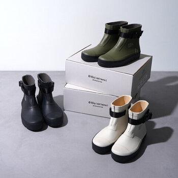 ムーンスターから販売されているスタイリッシュなレインブーツ「エイトテンス マルケ」。こちらは水場や土木作業現場用のプロユースの長靴をベースにしているため、機能性抜群!さらには履き心地の良さとおしゃれなデザインを兼ね備えたおすすめレインブーツです。