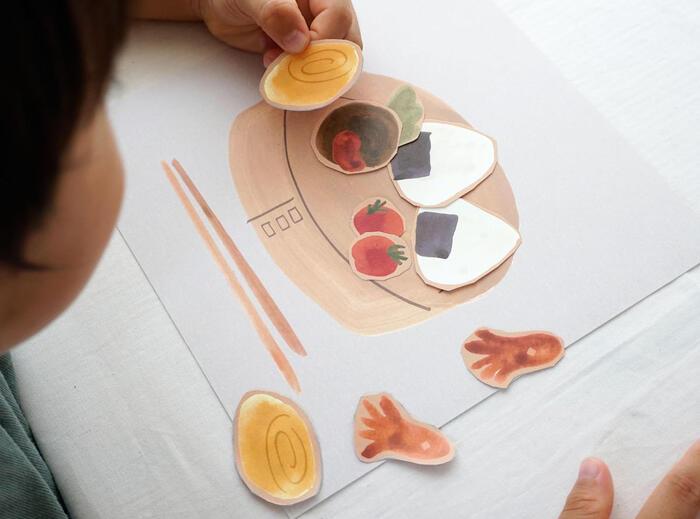 簡単な作業だから、ハサミが使えない小さな子供でも一緒に楽しむことができます。子供の自由な発想を記念に残すのも良いですね。